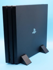 PS4の縦置きメリットは省スペースで設置できること